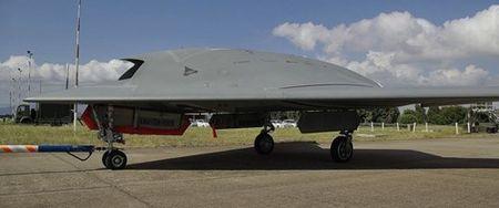 Kham pha suc manh UAV tan cong Neuron cua chau Au - Anh 2