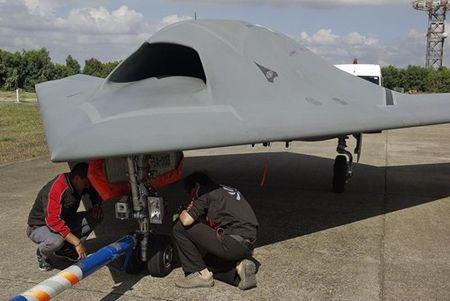 Kham pha suc manh UAV tan cong Neuron cua chau Au - Anh 3