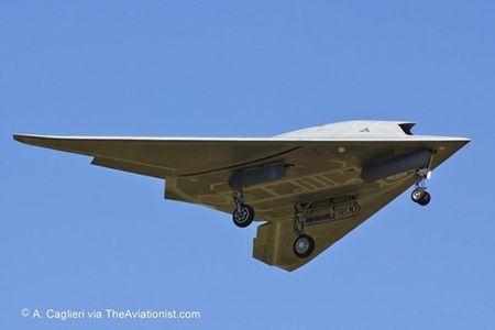 Kham pha suc manh UAV tan cong Neuron cua chau Au - Anh 9