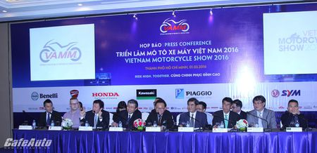 """Trien lam Mo to Xe may dau tien tai Viet Nam da san sang """"trinh dien"""" - Anh 2"""