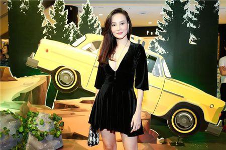 "Angela Phuong Trinh ""lan at"" Nha Phuong - Truong Giang tren tham do - Anh 11"