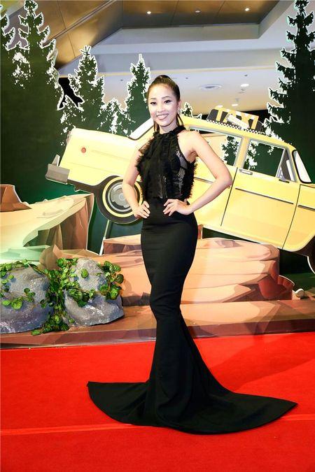 "Angela Phuong Trinh ""lan at"" Nha Phuong - Truong Giang tren tham do - Anh 13"