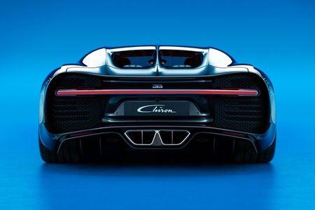 Bugatti Chiron - dong co W16, 1.500 ma luc, 500km/h, 2,7 trieu USD - Anh 10