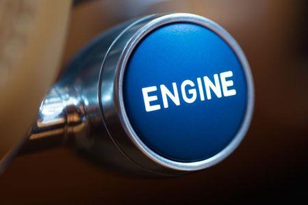 Bugatti Chiron - dong co W16, 1.500 ma luc, 500km/h, 2,7 trieu USD - Anh 17