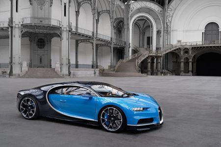 Bugatti Chiron - dong co W16, 1.500 ma luc, 500km/h, 2,7 trieu USD - Anh 2