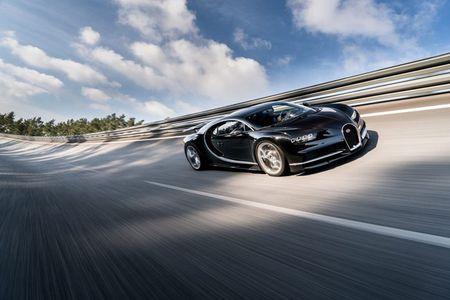 Bugatti Chiron - dong co W16, 1.500 ma luc, 500km/h, 2,7 trieu USD - Anh 3