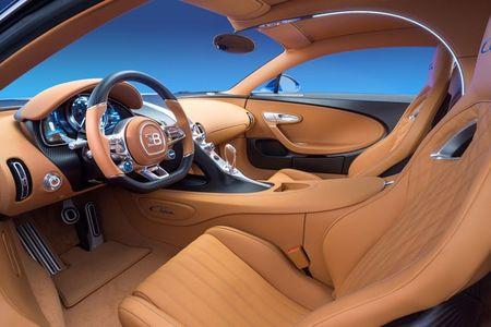 Bugatti Chiron - dong co W16, 1.500 ma luc, 500km/h, 2,7 trieu USD - Anh 5