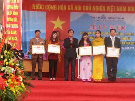 Trung tam y te huyen Ba Vi don nhan danh hieu Co quan dat chuan van hoa - Anh 1
