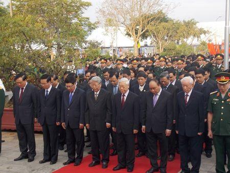 Quang Ngai: Ky niem 110 nam ngay sinh co Thu tuong Pham Van Dong - Anh 1