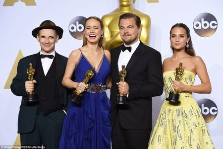 Oscar 2016: Vinh quang cua Leonardo va thang the cua su that - Anh 1