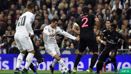 Ronaldo da choi kem o cac tran cau dinh nhu the nao? - Anh 4