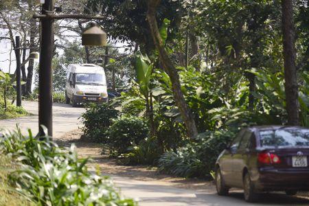Toan canh resort hoanh trang khong phep o Ba Vi - Anh 17