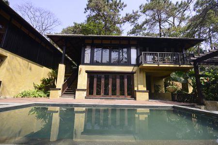 Toan canh resort hoanh trang khong phep o Ba Vi - Anh 7