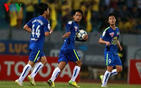 Chot danh sach tro ly o DTVN: Tai tinh va muu luoc cua HLV Huu Thang - Anh 4