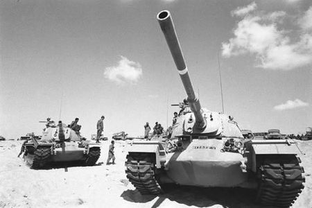 Ly do Israel doi bang duoc xe tang bi Syria tom song - Anh 1