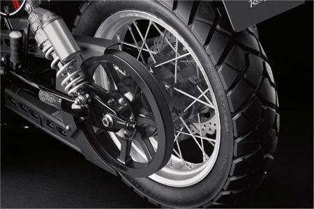Danh gia 2017 Yamaha SCR950 Scrambler moi lo dien - Anh 3