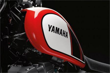 Danh gia 2017 Yamaha SCR950 Scrambler moi lo dien - Anh 5