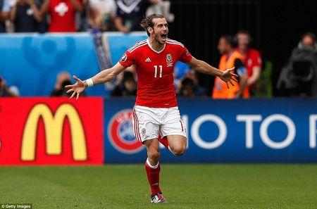 Gareth Bale va nhom 'Tu hiep EURO' - Anh 1