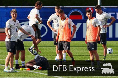 02h00 ngay 13/06, Duc vs Ukraine: Dang cap len tieng - Anh 2