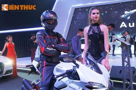 """Chan dai """"dot chay"""" xe sang Audi va moto khung Ducati - Anh 6"""