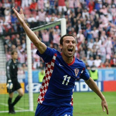 Ngoi sao bong da gia tu su nghiep sau VCK Euro 2016 - Anh 1