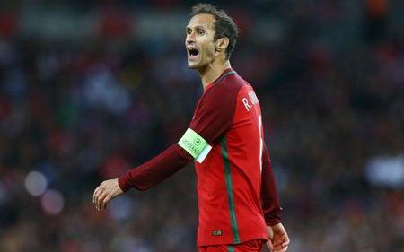Ngoi sao bong da gia tu su nghiep sau VCK Euro 2016 - Anh 3