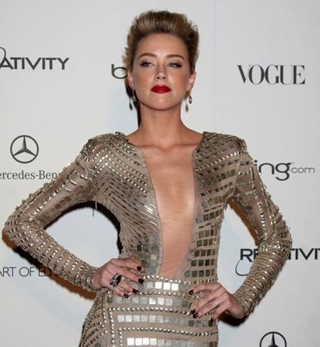 10 bi mat Amber Heard muon giau kin - Anh 1
