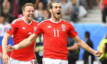 Bale ghi tuyet pham sut phat, Wales ra quan thang loi tai Euro - Anh 1