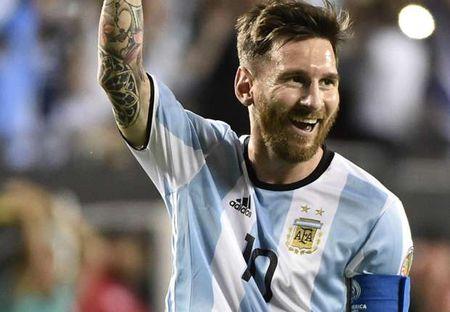 """""""Messi khong khac gi quai vat"""" - Anh 1"""