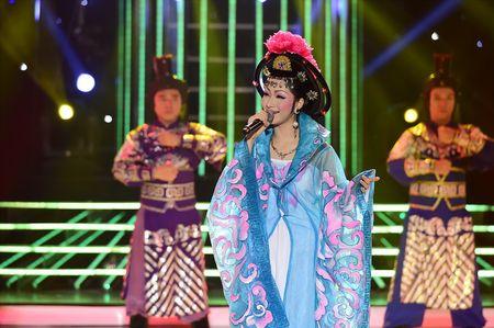 Gia gai hat kinh kich, Phan Ngoc Luan lam say long giam khao - Anh 12