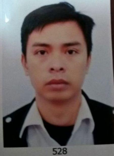 Tin phap luat nong trong tuan: Truy sat bang ma tau, ruot duoi oto - Anh 10