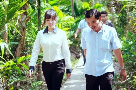 Ly Nha Ky lam tu thien: Chan thanh hay muon danh bong ten tuoi? - Anh 2