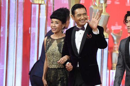 Lee Min Ho banh bao dien trai ben Duong Yen - Anh 10