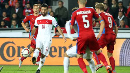 Tho Nhi Ky - Croatia: 4 ngoi sao hi vong - Anh 2