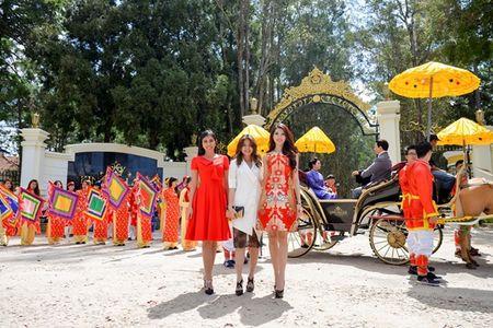 Nguoi dep HHHV Viet Nam tham du le ruoc tuong vua Bao Dai, Hoang hau Nam Phuong - Anh 6