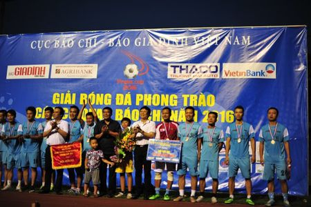 Chien thang VTV 3-0, Bao An ninh Thu do doat cup vo dich Press Cup 2016 - Anh 10