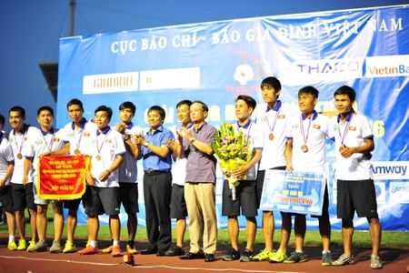 Chien thang VTV 3-0, Bao An ninh Thu do doat cup vo dich Press Cup 2016 - Anh 11