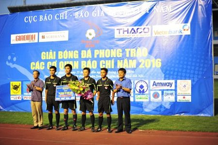 Chien thang VTV 3-0, Bao An ninh Thu do doat cup vo dich Press Cup 2016 - Anh 14