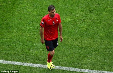 TRUC TIEP EURO: Duda go hoa cho Slovakia - Anh 15