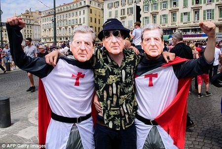 TRUC TIEP EURO: Duda go hoa cho Slovakia - Anh 16