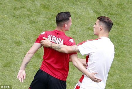 TRUC TIEP EURO: Duda go hoa cho Slovakia - Anh 31