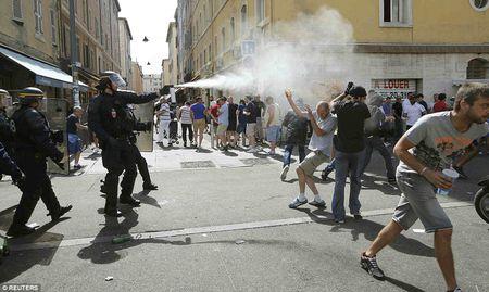 TRUC TIEP EURO: Duda go hoa cho Slovakia - Anh 5