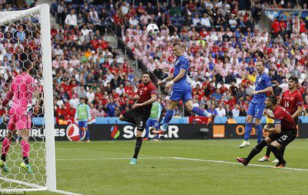 Modric toa sang, Croatia ha guc Tho Nhi Ky - Anh 10