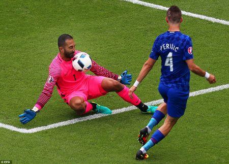 Modric toa sang, Croatia ha guc Tho Nhi Ky - Anh 2