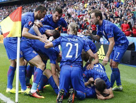 Modric toa sang, Croatia ha guc Tho Nhi Ky - Anh 8
