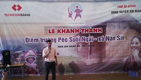"""Hanh trinh gian nan """"Cung em den truong"""" noi Xin Man heo hut - Anh 13"""