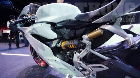 Hinh anh dau tien cua sieu pham Ducati 959 tai Viet Nam - Anh 14