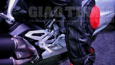 Hinh anh dau tien cua sieu pham Ducati 959 tai Viet Nam - Anh 16