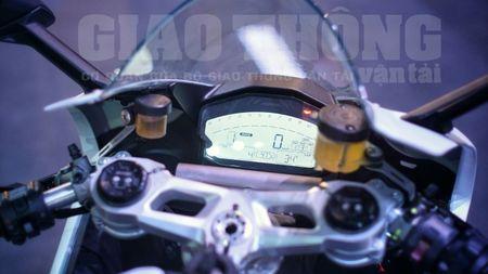 Hinh anh dau tien cua sieu pham Ducati 959 tai Viet Nam - Anh 18