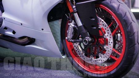Hinh anh dau tien cua sieu pham Ducati 959 tai Viet Nam - Anh 5